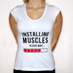 Installing Muscles - Dámské triko s minirukávky bílé s černým potiskem - velikost M